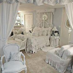 Gut 40 Französische Landhausmöbel  Gestalten Sie Eine Traumhafte Wohnecke! |  Things I Love | Pinterest | Shabby, Pink Room And Cottage Style