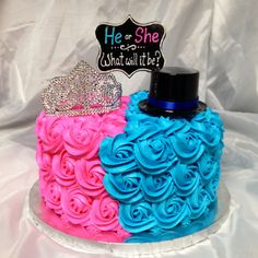 The cake inside is pink or blue depending on what you're having. Buttercream rosettes with 'He or She what will it be? Disney Gender Reveal, Gender Reveal Party Games, Confetti Gender Reveal, Pregnancy Gender Reveal, Gender Reveal Party Decorations, Gender Party, Baby Shower Gender Reveal, Reveal Parties, Baby Shower Cakes Neutral