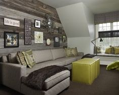 barn board wall - would like to do this in my family room Bonus Room Decorating, Decorating Ideas, Garage Decorating, Decor Ideas, Deco Dyi, Barn Board Wall, Barn Boards, Ideas Dormitorios, Rustic Loft