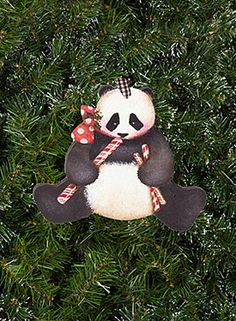 Bear Ornament by Lynne Andrews - Decorative Painting Patterns from ArtistsClub.com