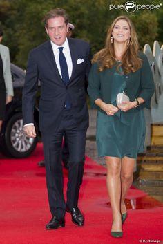 La princesse Madeleine de Suède, enceinte, prenait part le 16 septembre 2013 avec son mari Chris O'Neill à un dîner de gala de l'association Min Stora Dag dont elle est la marraine, au Musée Junibacken à Stockholm.