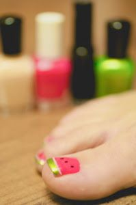 The Beauty of Life: Eve's Watermelon Pedicure: The Summer's Must Have!