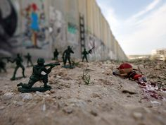 War Toys: A Therapeutic Photo Project