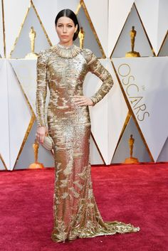 These Are the Best Looks From the Oscars Red Carpet -- MOST LIKELY TO INSPIRE LION MEMES: JESSICA BIEL IN KAUFMAN FRANCO AND TIFFANY & CO:   God damn, Jessica Biel's Tiffany collar is glorious. | coveteur.com