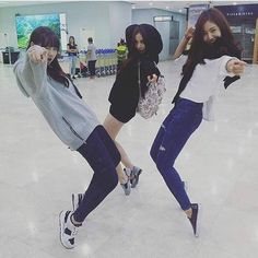 Style photoshoot of Gfriend #girlgroup #prettygirls #party #fanpagegg #ses #snsd #redvelvet #twice #gfriend #apink #fx #ioi #aoa #exid #lfl #fff #like4like #follow4follow #promote #dontunfoll