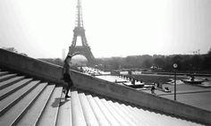 http://www.kasetophono.com/2013/04/paris-je-taime.html Love Paris