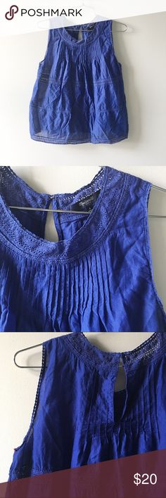 Madewell Pleated Lace Blouse Madewell breezy swingy blouse with pleats, Lace trim, and keyhole back. Color is a rich blue. Size small. Madewell Tops Blouses