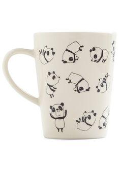 Rolly Polly Panda Mug    http://www.modcloth.com/shop/kitchen-decor/rolly-polly-panda-mug