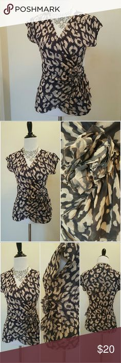 New York and Company size xs So cute!  layered mesh faux wrap top size xs New York & Company Tops