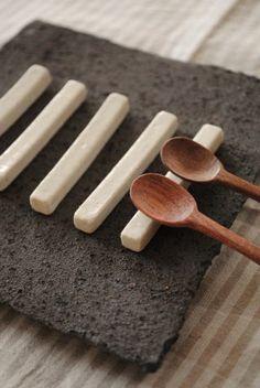Chieko Fujita simple chopstick rest