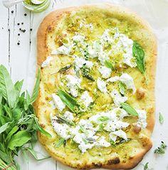 GRAND FRAIS vous propose cette recette PIZZA BLANCHE SAUGE & BURRATA DI BUFALA pour 4 personnes. Bon appétit ! Pizza Legume, Avocado Toast, Vegetable Pizza, Yummy Food, Cooking, Breakfast, Healthy, Quiches, Foodies