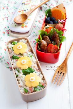 Bento that's easy to make and decorate. 園弁★薄焼き卵のお花弁当♪~女の子のお弁当~|毎日がお弁当日和♪