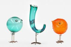 Alessandro Pianon glass birds for Vitossi, 1950s.   I really love these glass birds. Although they are minimal in form, they are maximal in terms of joyous, colourful, fun-loving spirit!