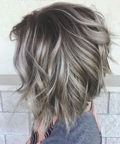Fantastic Pictures 70 Fabulous Choppy Bob Hairstyles – Best Textured Bob Ideas Concepts Who created the Bob hair? Bob has been primary the league of tendency hairstyles for decades. Long Choppy Bobs, Medium Hair Styles, Curly Hair Styles, Grey Hair Styles For Women, Choppy Bob Hairstyles, Pixie Haircuts, Braided Hairstyles, Layered Haircuts, Celebrity Hairstyles