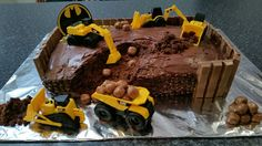 "Chocolate "" Batman Construction Site "" Cake made by Mandy Shaw. Adelaide. Pinterest : PeoniesandMe"