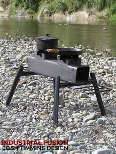 Discover thousands of images about Paratrooper heavy duty outdoor cooker Rocket Heater, Rocket Stoves, Stove Heater, Stove Oven, Outdoor Oven, Outdoor Cooking, Metal Projects, Welding Projects, Jet Stove