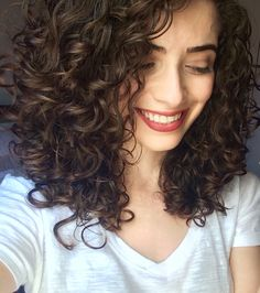 Curly Hair Styles, Curly Hair Cuts, Short Curly Hair, Wavy Hair, Medium Hair Styles, Permed Hairstyles, Pretty Hairstyles, Cabello Hair, Great Hair