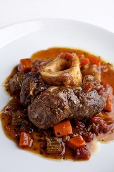 omg, if these are as good as the lamb shanks I've once made, I really want them! Beer Braised Beef Shanks