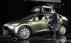 The new Tesla Roadster X model 2014 6 seater, insite > Audi Q7