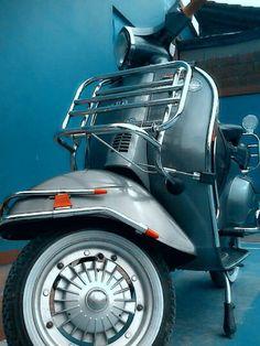 Terjual Vespa PTS 100cc Full Aksesoris Mulus warna Steel Grey | KASKUS Vespa Moped, Steel, Grey, Vehicles, Gray, Cars, Vehicle, Repose Gray, Iron