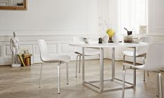 PK8 Dining Chairs and PK58 Dining Table designed by Poul Kjærholm