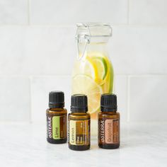 Citrus laundry softener: White vinegar is the perfect fabric softener if you have sensitive skin and cannot tolerate the chemicals in regular fabric softener. Essential Oils For Laundry, Essential Oil Safety, Essential Oil Companies, What Are Essential Oils, Homemade Essential Oils, Essential Oil Blends, Vinegar Fabric Softener, Homemade Fabric Softener, Natural Living