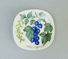 Arabia Finland Black Currant Wall Plate by ModernisticVintage