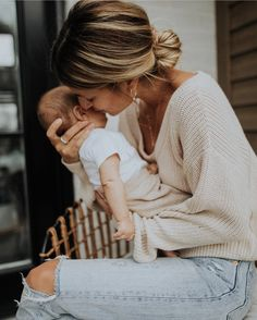 Mama Baby, Mom And Baby, Baby Boys, Cute Family, Baby Family, Family Goals, Newborn Photography, Family Photography, Future Mom