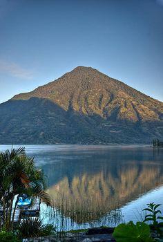 Lake Atitlan, Guatemala http://america.de/mittelamerika/guatemala
