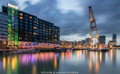 Leuvehaven Rotterdam door Ilya Korzelius