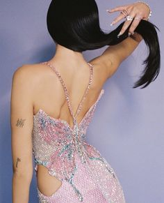 Runway Fashion, High Fashion, Fashion Outfits, Couture Fashion, Look Star, Look Rose, Modelos Fashion, Versace Dress, Chanel Dress