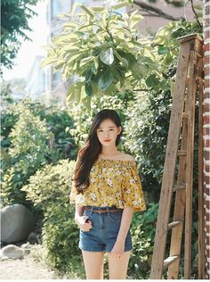 Casual Outfits: 25 Practical & Amazing Ideas [For Women] Daily Fashion Outfits- Casual Wear Photo cr Korean Fashion Trends, Korean Street Fashion, Korea Fashion, Asian Fashion, Girl Fashion, Fashion Outfits, Fashion Design, Style Fashion, Fashion Ideas