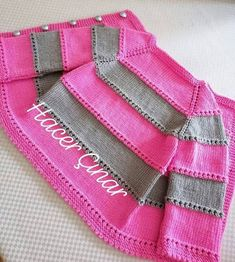 Baby Sweater Knitting Pattern, Knit Baby Sweaters, Knitted Baby Clothes, Baby Knitting Patterns, Hand Knitting, Baby Girl Patterns, Crochet Flower Patterns, Kind Mode, Knit Crochet