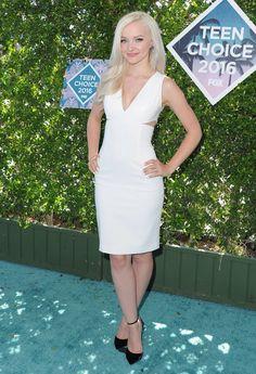 Dove Cameron // Teen Choice Awards 2016