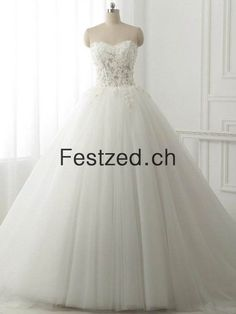 Shop 2017 hot sale Wedding Dresses,Bridal Gowns Australia and Plus size Wedding,All wedding dresses in cheap price available online Australia. Wedding Dresses For Sale, Bridal Dresses, White Tulle, Plus Size Wedding, Ball Gowns, Tyl, Formal Dresses, Tulle Wedding, Floor