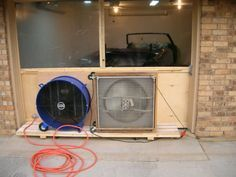 Homemade negative pressure paint booth constructed from a pair of fans and air filters. A variable transformer is utilized to adjust fan speed. Diy Paint Booth, Spray Paint Booth, Diy Spray Paint, Homemade Slide, Homemade Paint, Homemade Tools, Diy Tools, Airbrush Spray Booth, Garage Paint