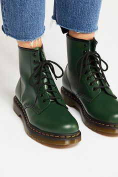 Dr. Martens Dr. Martens 1460 (Green Smooth) Lace up Boots from 6pm | ShapeShop