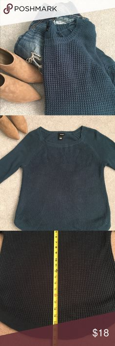 Blue WetSeal Knit Sweater Large Make me an offer :-) Wet Seal Sweaters Crew & Scoop Necks