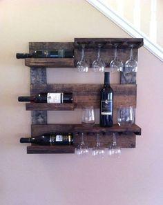adega de vinhos madeira maciça pallets estante e porta taças Mais