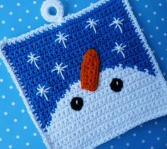 Snowman Gazing at Snowflakes Crocheted Potholder PATTERN