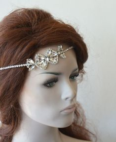 Best Indoor Garden Ideas for 2020 The number of internet users who are looking for… Wedding Hair Updo With Veil, Headpiece Wedding, Bridal Headpieces, Wedding Accessories For Bride, Wedding Hair Accessories, Hair Chains, Wedding Simple, Fall Wedding, Hair Jewelry