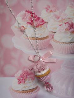 collier sautoir cupcake romantique rose en fimo