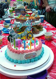 Shopkins cake and cupcakes Shopkins party ideas Pinterest
