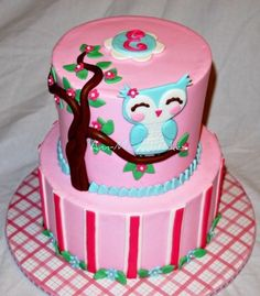 love the owl on this cake