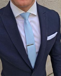 Add a splash of cool color to your groomsmen's wedding attire by accessorizing with this ultra charming men's necktie in Baby Blue! Source by bowsnties Baby Blue Mens Suit, Blue Suits, Mens Fashion Suits, Mens Suits, Best Wedding Suits, Wedding Attire, Suit Man, Blue Tuxedo Wedding, Baby Blue Weddings