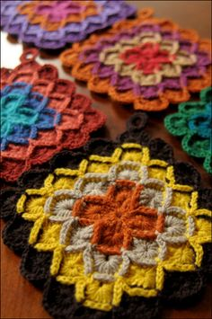 potholder using wool eater pattern,crochet