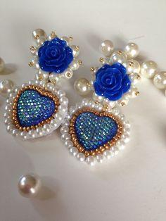 Aretes de corazón embroidery