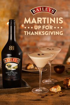 Can't decide whether you want a martini or a coffee for a post-Thanksgiving dinner drink? Get the best of both worlds with a Flat White Martini. Christmas Cocktails, Holiday Drinks, Party Drinks, Fun Drinks, Yummy Drinks, Holiday Recipes, Holiday Ideas, Liquor Drinks, Coffee Cocktails
