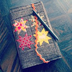 love this fall journal with 4 sawtooth stars