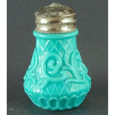 Dithridge Net and Scroll Blue Opaque Salt Shaker